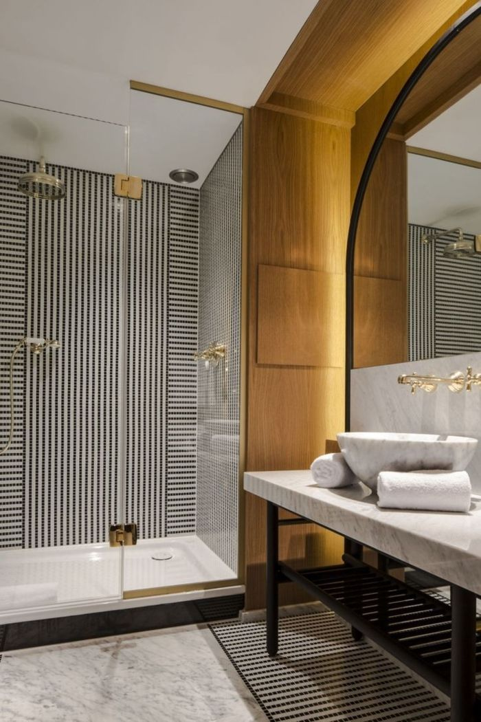 The 25+ best Salle de bain marbre ideas on Pinterest | Douches en ...