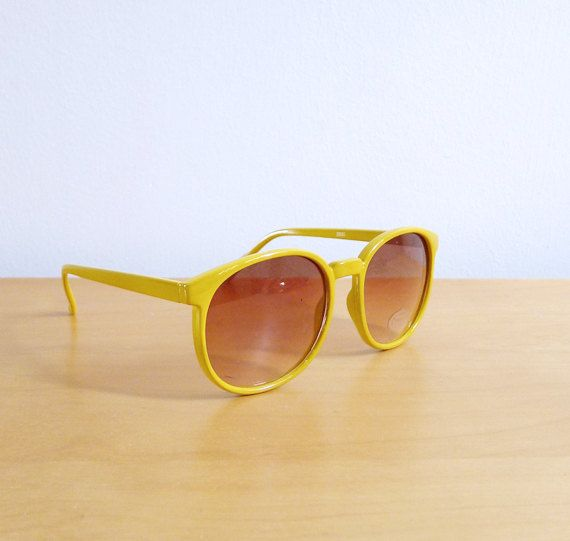 Vintage 80's Sunglasses Yellow Lemonade by fivestonesvintage