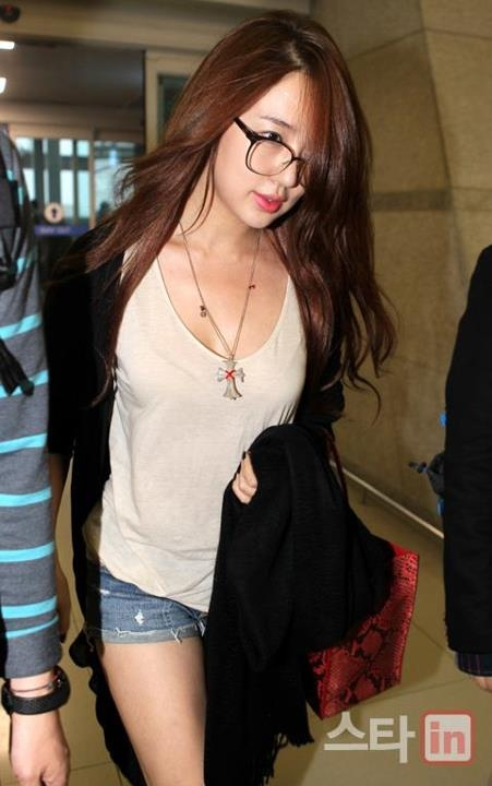 301 Best Images About K Pop Baby Vox On Pinterest Yoon Eun Hye Actresses And Airport Fashion