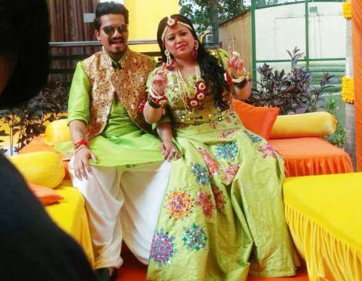 Checkout these inside pictures from Bharti Singh and Harsh Limbachiyaas Mehendi ceremony!