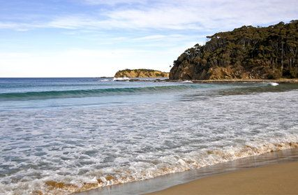 Google Image Result for http://about.nsw.gov.au/media/image_cache/orig_images/t/h/the-beach-at-batemans-bay-1242226189--5021924038656004096.jpg