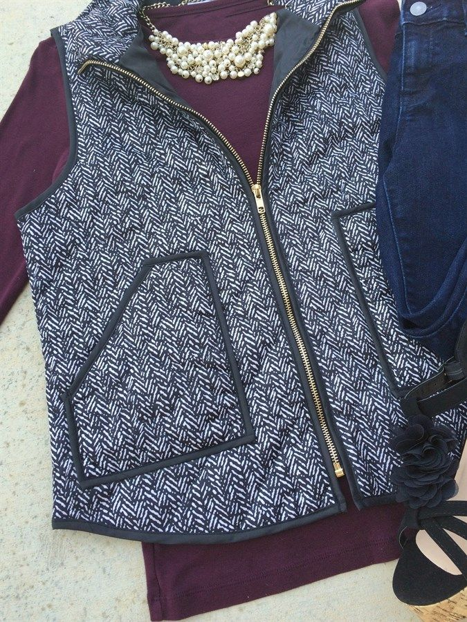 ​This is the hottest vest of the season - a must have for all fall wardrobes! This is a high quality, well made vest that has added padding for style and comfort. It's a must have for the fall season.