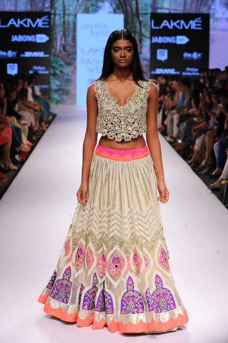 Lakmé Fashion Week – ARPITA MEHTA AT LFW SR 2015