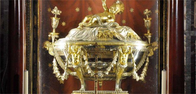 Relics of the Manger from Bethlehem Pic