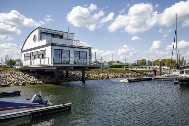 this floating home is for up to 4 persons in Neustadt in Holstein, Baltic Sea