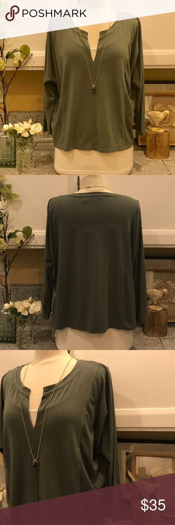 Athleta Green Top Comfortable Athleta long sleeve top. Wear it with your favorite jeans or your leggings. Very cute layered with a jacket and scarf. No Trades. Offers welcome.  Athleta Tops Tees - Long Sleeve