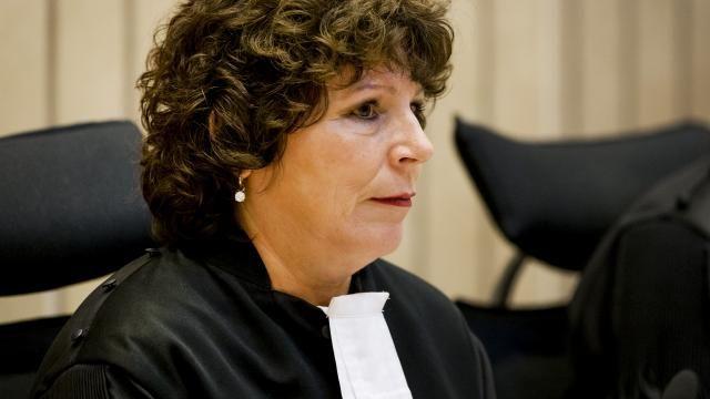 nice Advocaat Knoops wraakt een van de rechters in zaak Wilders