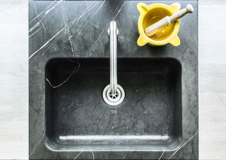 Kitchen sink black marble