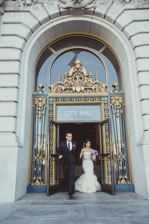 A sophisticated san francisco city hall wedding iqphoto for Sf courthouse wedding