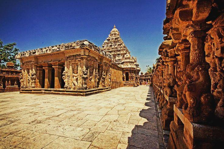 Kailasanathar Temple the oldest #temple in whole Kanchipuram enchanting  #tamilnadu #incredibleindia #architecture #tphotooftheday #travelforexperiences #travelblogger  #attp #Travellers #wanderlust of #southindia #worldheritage #indiatrip #incredibleindiaoffical #globetrotters 2 #indiatourism #culturaltourism #exploration #igtravelers #oldcitywalks  #indiatravelgram & #travelgramindia 4 #indiaholidays #travelphotography #igchennai #travelphotographer #travelfreak #indiatravel #backpacker…