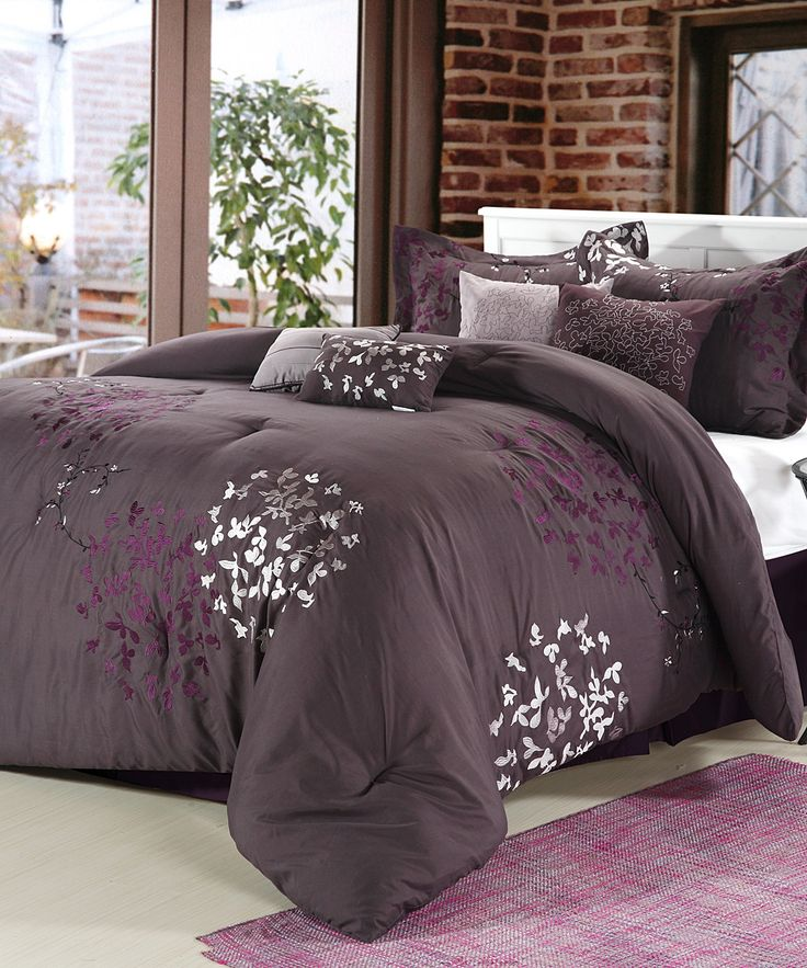 If only my husband would let me decorate in purple.... Purple Chiela Comforter Set
