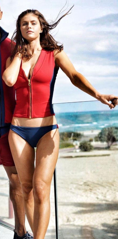 Alexandra Daddario #Baywatch