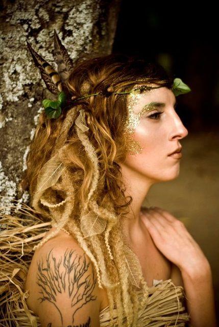 woodland creature.  glitter. earthy ethereal