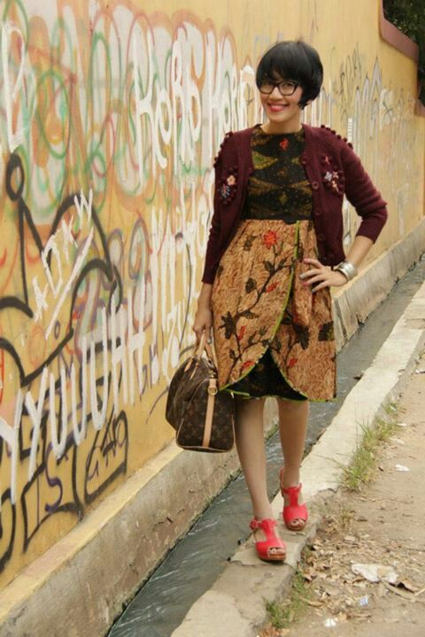 Batik & cardigan