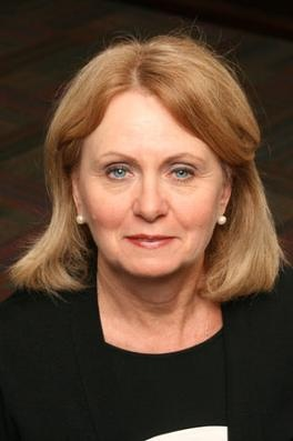 Congrats! College of Saint Elizabeth (NJ) names Helen Streubert as its 7th president and 1st lay leader. http://www.cse.edu/news/detail.dot?id=f7664294-d374-4f82-abe7-ceb10c4b9a73