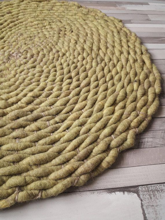 #roundrug #wool #scandi #nordicdecor #deco  https://www.etsy.com/listing/601306243/round-rug-wool-and-jute-green-circle