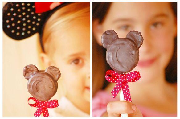 Traktatie tip - Mini mouse lollypops   Jetjes & Jobjes - Inspiratie voor elke feestje en Sweet table
