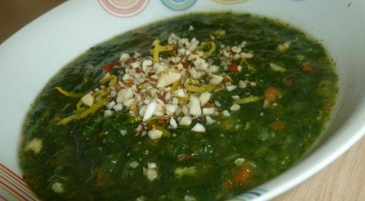 Суп из шпината с печенью