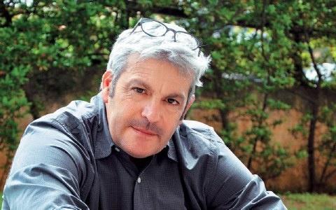 Γιάννης Παρασκευόπουλος, ο οινολόγος που παράγει και μπύρα στη Σαντορίνη