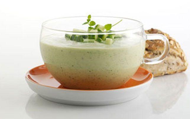 Kold agurke-avocadosuppe
