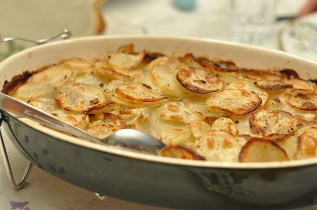 Classic Scalloped Potatoes with Mushroom soup...so good with ham!