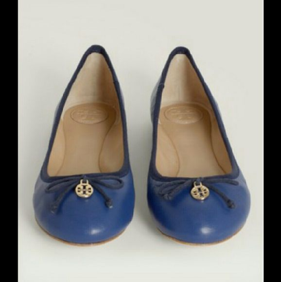 LAST PAIR! TORY BURCH BLUE CHELSEA BALLET FLATS This iconic STAPLE will match anything in your wardrobe! Soft, lightweight and packable! Effortlessly chic! Persian Blue. Last pair! Box and dust bag included! Discounted Bundles! Tory Burch Shoes Flats & Loafers