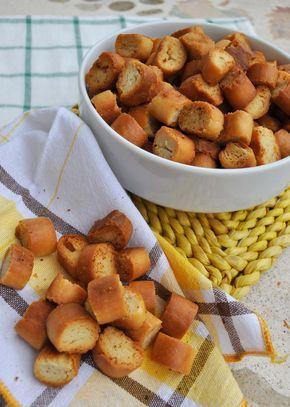 crostini dorati fatti in casa con pasta madre