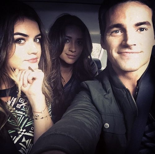 """""""lucyhale: I work with people who have some lovely bone structure. @shaym @ianmharding"""""""