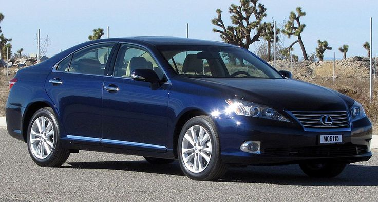 Why Buying a Used #Lexus ES 350 Beats Buying its Competitors New
