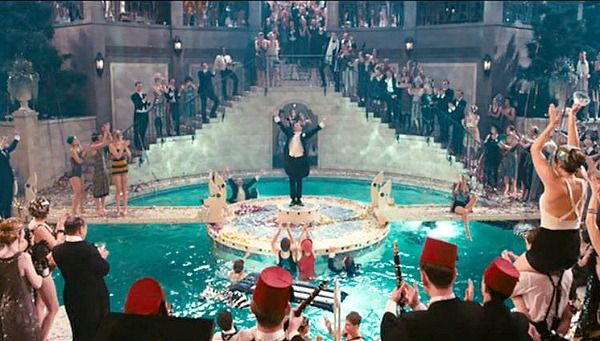 The sets from baz luhrmann 39 s great gatsby including nick 39 s cottage jay gatsby gatsby and for Jay gatsby fear of swimming pools