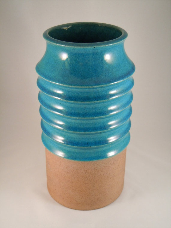 Danish pottery factory Knabstrup (60s/70s). It's part of the Atelier collection, designed by Richard Manz (1933-1999)