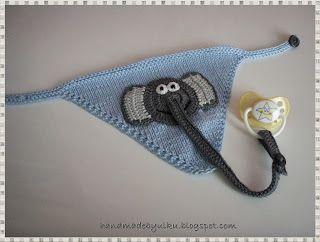 Baby Halstuch mit Schnullerkette / Baby Bib