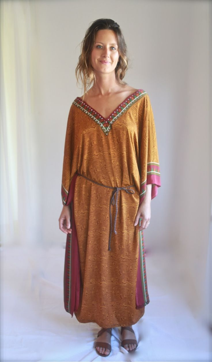 Gorgeous kaftan with a luxurious fabric
