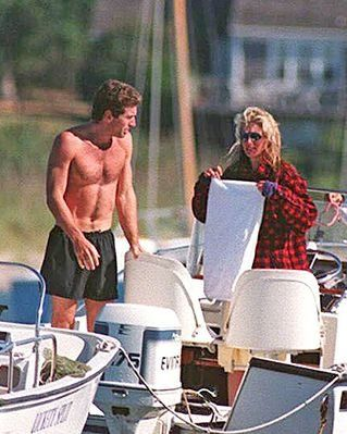 Carolyn Bessette Kennedy Blog: Different shots of Carolyn enjoying long summer days on the water.