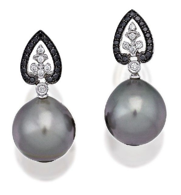 PAIR OF TAHITIAN SOUTH SEA PEARL AND DIAMOND EARRINGS, Sotheby's Australia Auctions, Calender, Australian Auctioneers