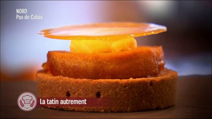 La Tatin autrement - Pâte sablée revisitée avec une pana cotta caramel et une pomme pochée caramélisée.