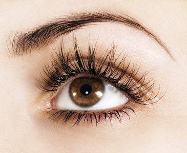 Semi-permanent eyelash extensions look THIS gorgeous!!! Why get plain old fake lashes?                                                                                                                                                      More