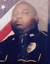 Police Officer Shannon Brown Fenton (LA) Police Department End of Watch: August 13, 2016 Police Officer Shannon Brown succumbed to injuries he sustained after being struck by a vehicle on August 7, 2016 while conducting a traffic stop. The striking vehicle was driven by an elderly male who remained on scene. Officer Brown is the sixth officer to be struck and killed this year, and the eighth officer fatality for Louisiana.