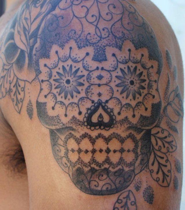 Skull - Tête de mort - Tatouage pointillisme : La nouvelle méthode à la mode - Tattoo pointillism: The new fashionable method