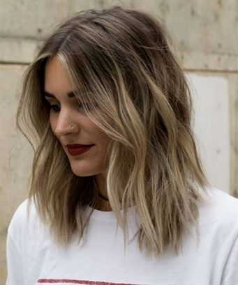 23 Of The Romantic and Sensational Medium Lob Shaggy Hairstyles 2019 for Women t