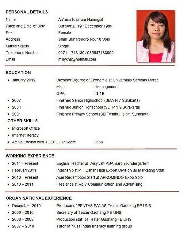 10 Contoh Cv Curiculum Vitae Lamaran Kerja Daftar Riwayat Hidup Riwayat Hidup Resume Guru Resume Keren