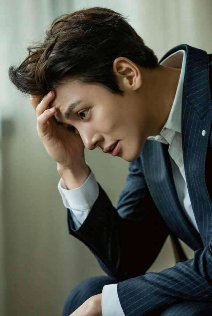 https://vk.com/jichangwook?z=photo-83351411_456242533/wall-83351411_28795