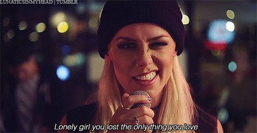 Tonight Alive. Lonely Girl. Jenna McDougall.