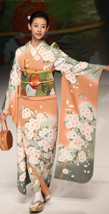 Yukiko Hanai designed this silk furisode and obi. 2012, Japan