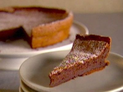 Watch Martha Stewart's Flourless Chocolate Cake Video. Get more step-by-step instructions and how to's from Martha Stewart.