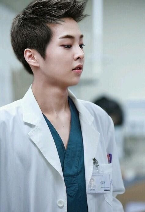 i have no idea from where this picture was taken, but..who cares? Xiumin looks really good in here! xD #Xiumin #EXO