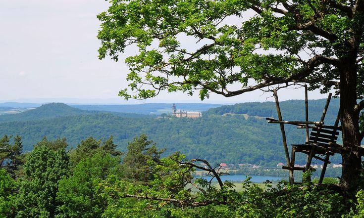 Im Oberen Maintal - Blick ins Tal und auf Kloster Banz