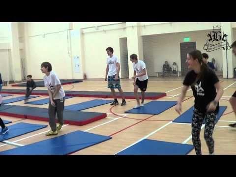 Научиться ходить и прыгать на джамперах - это просто ! - YouTube