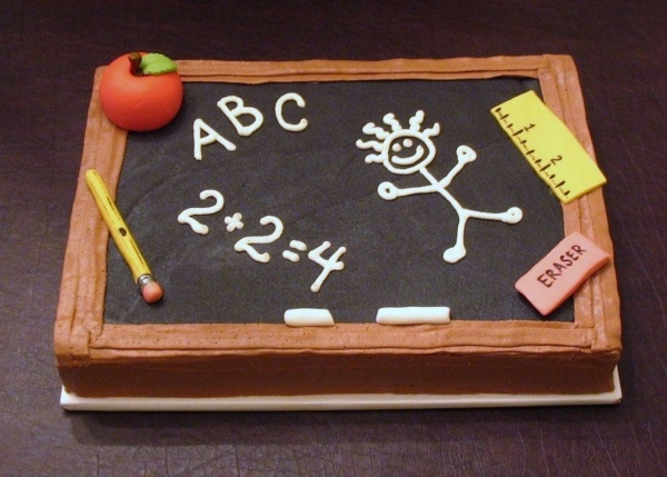 "cute cake. before school starts or end of year cake.  would like mine with science and math stuff on the ""board""."