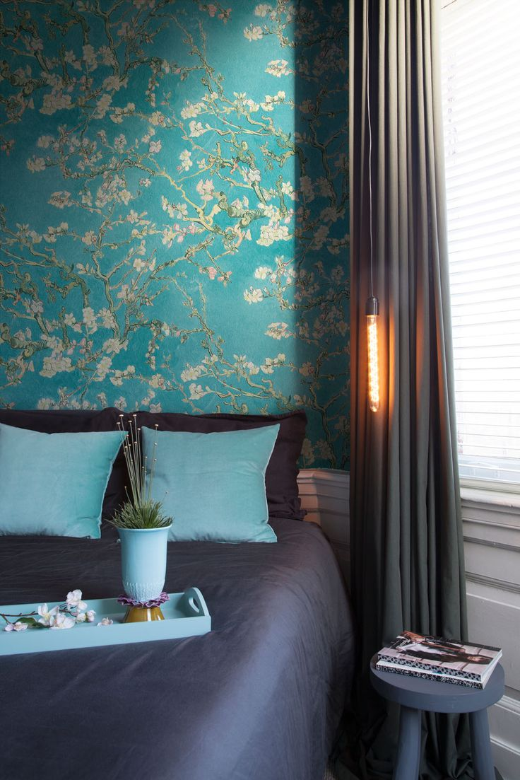 Behang Amandelbloesem / Wallpaper Almond Blossom collection Van Gogh - BN Wallcoverings